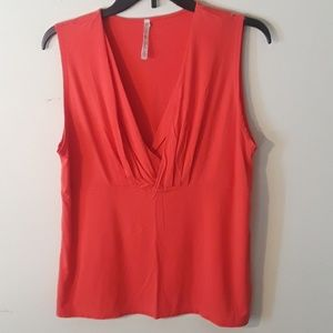 Leo & Nicole orange sleeveless blouse